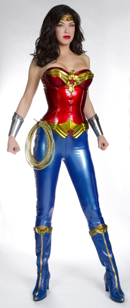 Thoughts On The New TV Wonder Woman Costume (3/3)